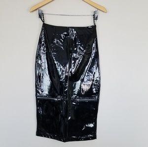 NWOT ASOS black patent faux leather skirt sz 2